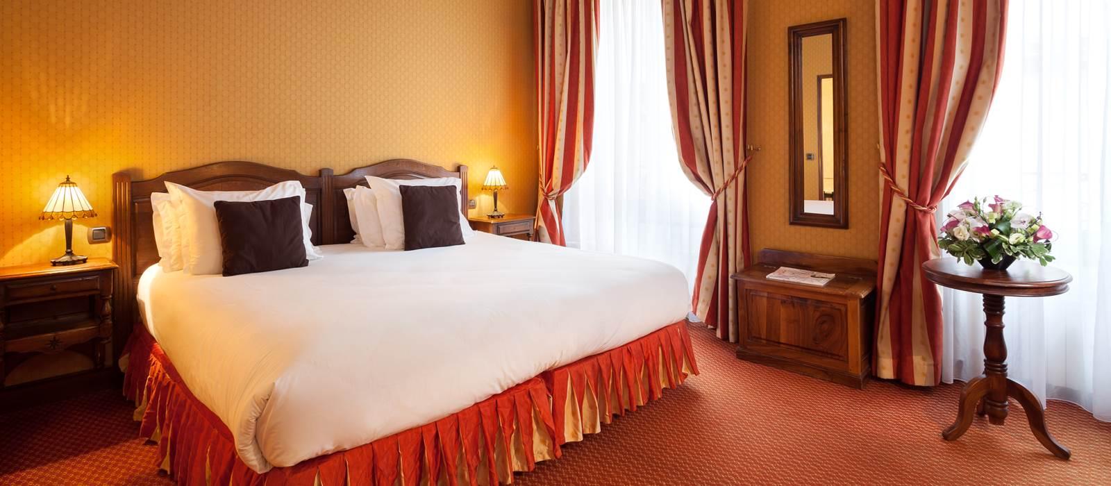 Chambres deluxe amarante beau manoir h tel for Adresse chambre des notaires de paris